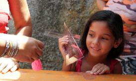 donation de l'association les petits coers de cuba et les sentinelles de la misericorde à association -mantilla-desfavorecidos, los paqueños corazones de cuba- pauvres charité-caridad 4