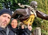 enmanuel-en-los-viajes-por-el-mundo-escultura-pequenos-corazones-de-cuba-pintor-toulouse-7